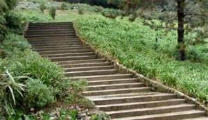 Jak udělat schody ve svahu