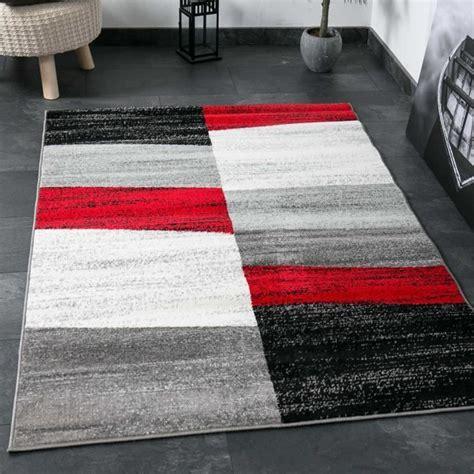 tapis de salon geometriques rouge gris blanc  noir