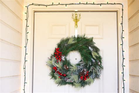 Quick & Simple Diy Christmas Wreath And Garland  Love. Christmas Decorating Ideas With Nutcrackers. Cheap Outdoor Christmas Decorations Online. Christmas Table Decorations Restaurants. Outdoor Christmas Decorations Usa. Christmas Decorating Ideas Using Vases. How To Dry Fruit Christmas Decorations. Christmas Table Decorations Buy. Myer Christmas Decorations Sale