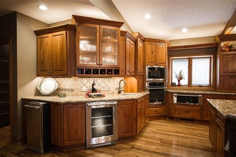 Kitchen Cabinet Accent Lighting Ideas by 9 Best Country Ranch Home Images On Ranch