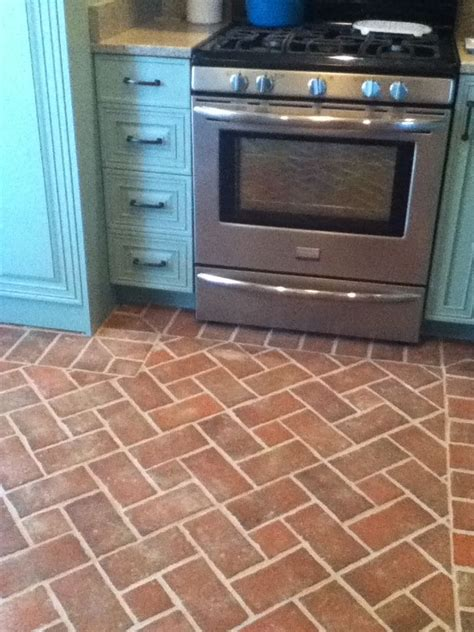brick tiles kitchen 70 best kitchen and dining room brick tile floors images 4552