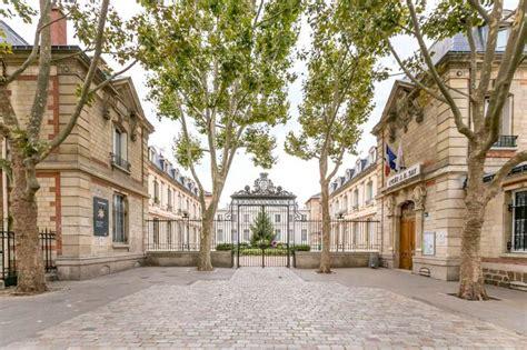 Les Collèges Et Lycées D'enseignement Général Du 16ème Lit Bois Gris Matelas Parapluie Carrefour Fauteuil Convertible 1 Place Solde Canape Douche Canapé Angle Erotique Couvert