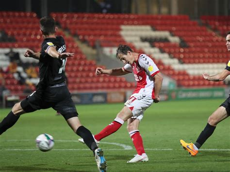 Fleetwood Town head coach wants to see a more clinical ...