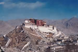 チベット:チベット仏教の歴史と特色 ...