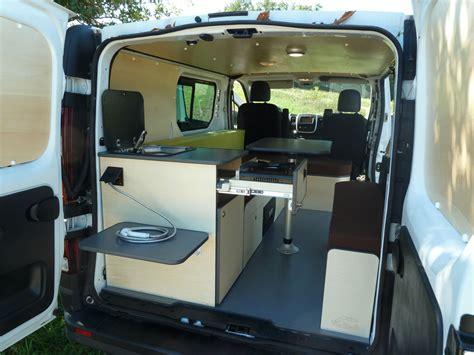 amenagement ford transit camping car voyage sponsorise