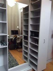 Placard à Chaussures : tiroir chaussures coulissant dans un placard placard et dressing sur mesure rangement ~ Teatrodelosmanantiales.com Idées de Décoration