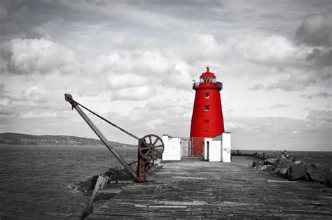 poolbeg lighthouse and the south bull wall livetofivehundred