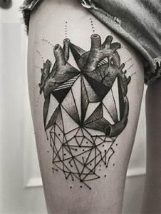 Tatouage Ephemere 6 Mois : tatouages g om triques belle id e ou tendance qui va s ~ Dallasstarsshop.com Idées de Décoration