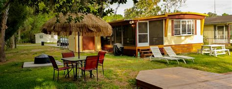 Weeki Wachee Waterfront Beach Bungalow Vacation Rental