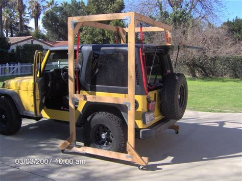 jeep hardtop removal jeep hardtop hoist jeeps pinterest blazers fit and