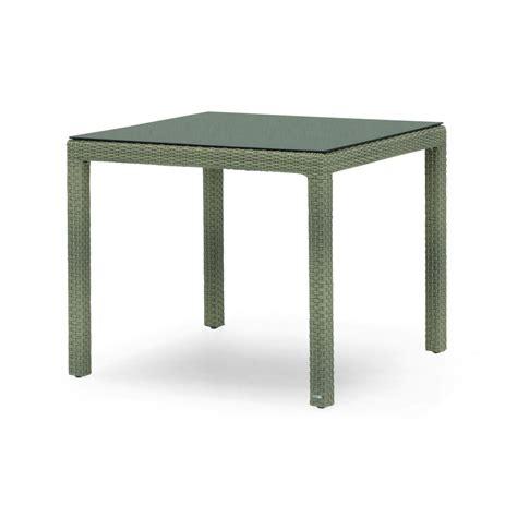 Table De Jardin Carrée En Aluminium Et Résine Tressée