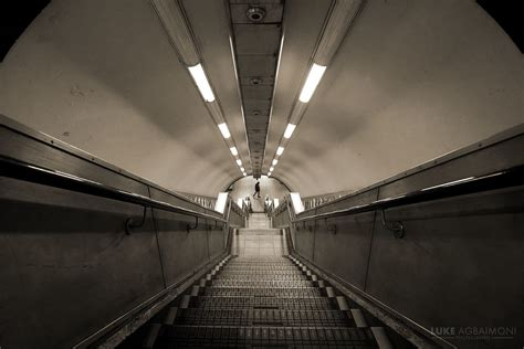 tunnel vision photography london underground amateur