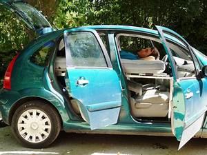 Faire Reprendre Sa Voiture : dormir dans sa voiture confortablement bedcar vous attend untitled magazine ~ Gottalentnigeria.com Avis de Voitures