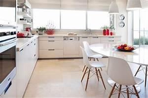 table et chaises cuisine moderne deco maison moderne With deco cuisine avec chaises de cuisine modernes