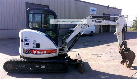 bobcat  mini excavator zhs fast track kubota diesel bucket     nr
