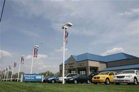 2 Dealers To Share Franchises Grogan To Sell Jeep, Yark