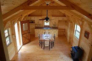 Deluxe lofted barn cabin texas interiors joy studio for Amish building company