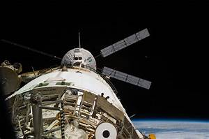 File:ISS-26 ATV-2 Johannes Kepler docks to Zvezda.jpg ...