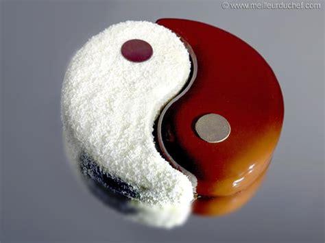 le chef en cuisine entremets yin yang recette de cuisine illustrée meilleurduchef com