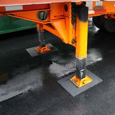 Cwf Flooring Carpet Tiles by Rubber Flooring Inc Eco Rubber Flooring Flooring