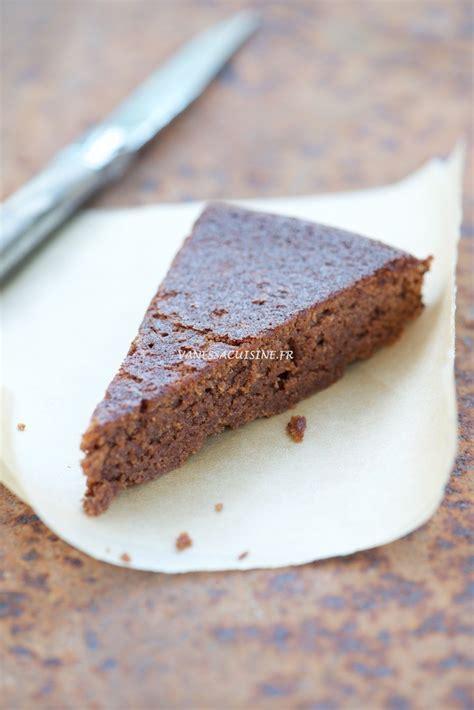 gâteau très moelleux au chocolat et à la farine de
