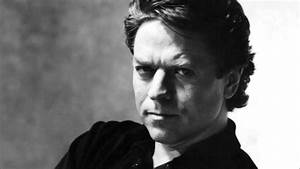 cumplenhoycom robert palmer With robe palme