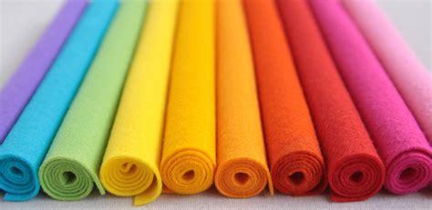 membuat hiasan dinding kain flanel secara