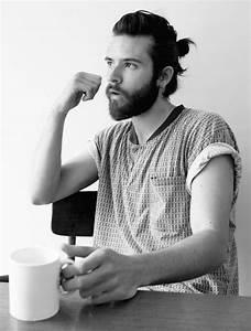 Queu De Cheval Homme : coiffure homme petite queue ~ Melissatoandfro.com Idées de Décoration