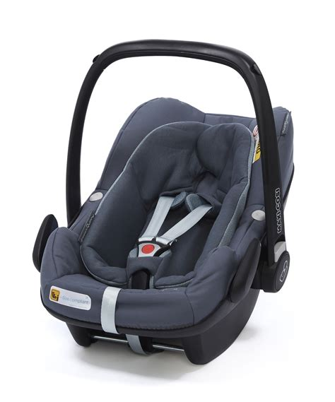 maxi cosi pebble plus bezug maxi cosi infant car seat pebble plus 2018 graphite buy at kidsroom car seats