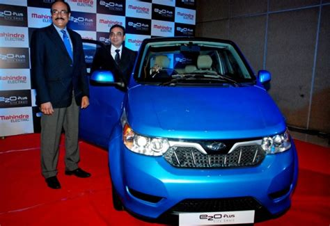 Mahindra To Supply Electric Cars To Uber To Deploy In India