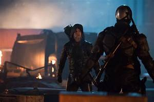 First Look At Future Oliver Queen In DC's Legends Of ...