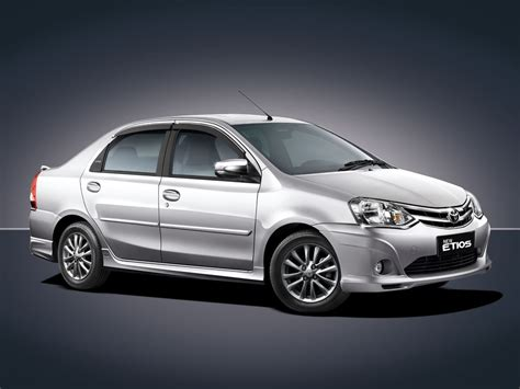 toyota sedan toyota etios sedan 3 quarter front 39 symphony silver 39