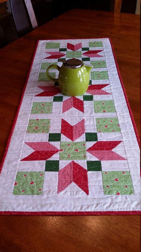 unique christmas table runners ideas  pinterest