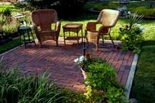 Small Backyard Decorating Ideas by Landscape Ideas For Small Backyard With Small Shed Savwi