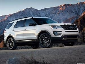 Ford Explorer 2017 : best 20 family vehicles guide 2017 award winning ~ Medecine-chirurgie-esthetiques.com Avis de Voitures
