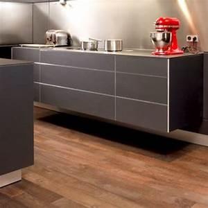 Cuisine Avec Parquet : parquet dans une cuisine perfect cuisine parquet flottant pour cuisine avec noir couleur ~ Melissatoandfro.com Idées de Décoration