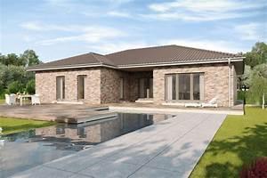 Bungalow 200 Qm : walmdach bungalow mit u f rmigem grundriss meran gussek haus ~ Markanthonyermac.com Haus und Dekorationen