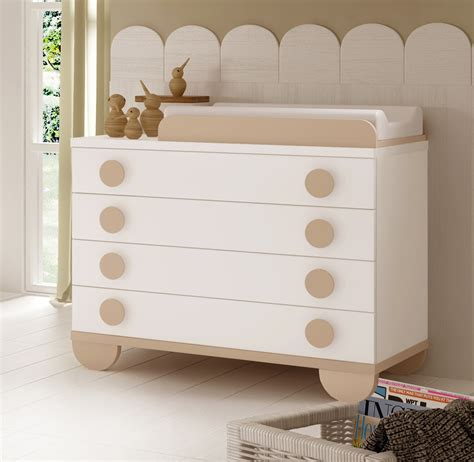 chambre de bébé autour de bébé chambre de bébé mixte gioco avec lit et armoire glicerio