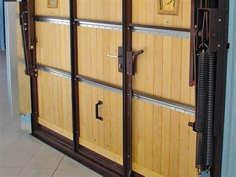 cadre de porte metallique les plus des portes de garages moos azur am 233 nagement loisirs le sp 233 cialiste de l am 233 nagement de