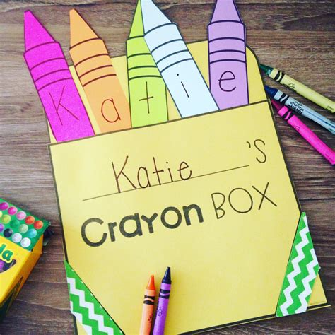 back to school art projects for preschoolers crayon name activity craft and puzzle name recognition 190
