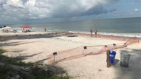 law lets beachfront owners beach property private