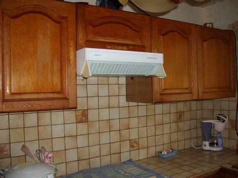 repeindre une cuisine modele de cuisine en bois repeindre mzaol com