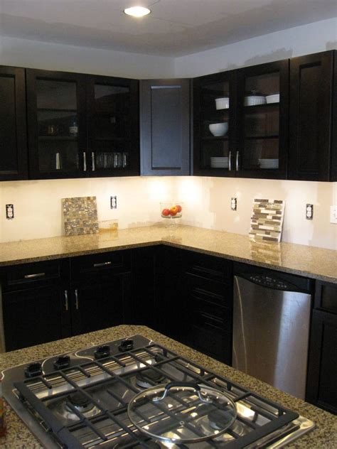 led kitchen lights cabinet