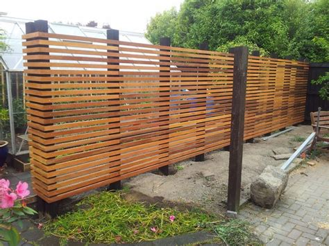 Horizontal Wood Privacy Fence