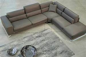 Twist leather sectional sofa by gamma arredamenti for Gamma leather sectional sofa