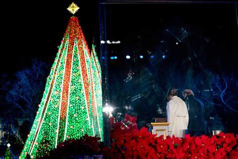 christmas lighting ceremony hotel gm speech melania s tree lighting max mara coat boots footwear news