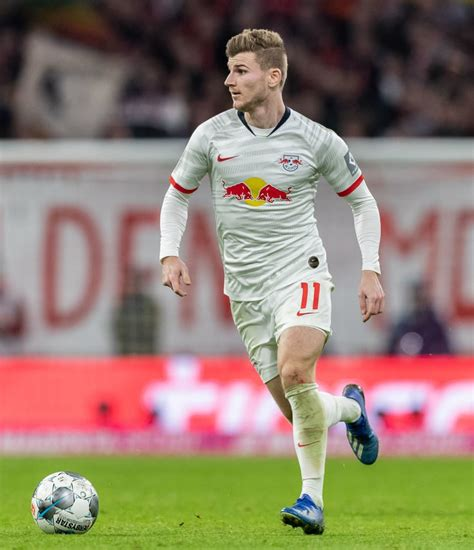 Selecting the previous category and next category links will populate the carousel with an additional set of items, the number of items will depend on your device. Report: Liverpool have to agree deal for Timo Werner before April
