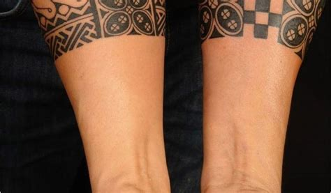 tatouage bracelet femme bras tatouage bracelet tribal