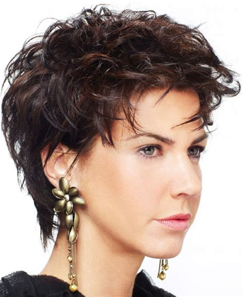 short chunky hairstyles  thick curly hair  faces