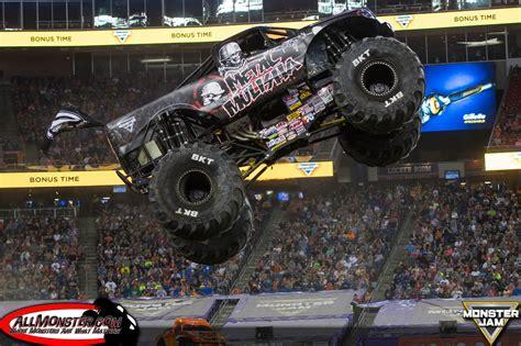 monster jam trucks foxborough massachusetts monster jam june 25 2016